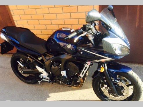 Фото Yamaha FZ6 2008 года
